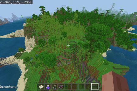 MinecraftBedrock1.14.3AllBiomesDesertSeedFeb292020-9.jpg